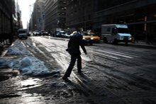 Snow, freezing rain could make for slippery evening commute