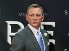 Bond actor calls for more funding for UN anti-mine agency