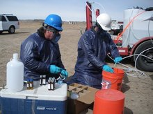"""Scientists Slam EPA For """"Walking Away"""" From Fracking Pollution Study"""