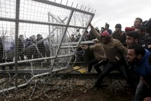 Insight - How Europe built fences to keep people out