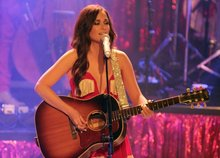 Kacey Musgraves' songwriting ventures outside country-music mainstream