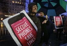 Online Privacy Advocates Step Up Support of Apple