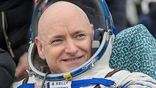 Scott Kelly answers your questions about life in space