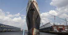 Supership that once ferried presidents and royalty may hit the junk heap