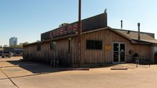 Welcome To Texas: Angelo's BBQ In Fort Worth