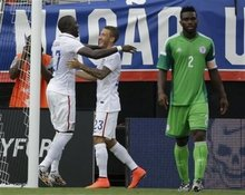 Jozy Altidore's two goals power U.S. team past Nigeria in 2014 World Cup send off match