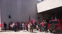 Group marches in Gettysburg to support Confederate flag