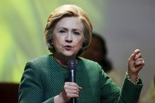 New Report Shows Clinton Raising Money From Lobbyists That Have Represented Walmart, Fossil Fuel Firms And Wall Street
