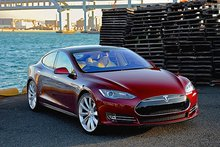 Tesla Model S P90D in 'Ludicrous Mode' is pure technology heaven