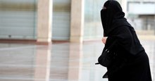 Saudi Men Now Get Texts When Wives Leave the Country