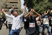 Egyptian Journalists Increase Protest of Government Crackdown
