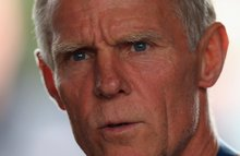 Shane Sutton resigns as technical director of British Cycling