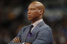 Does Byron Scott think he'll return as Lakers coach? 'Yeah. Absolutely'