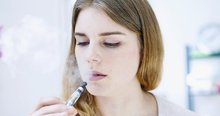 UK doctors say smokers should be encouraged to use e-cigarettes