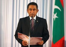 Under-pressure Maldives government to let jailed opposition leaders attend crisis talks