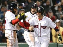 Christian Vazquez's homer powers Red Sox' sweep of Yankees