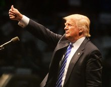Trump lays out plan to use Sanders' attacks against Clinton