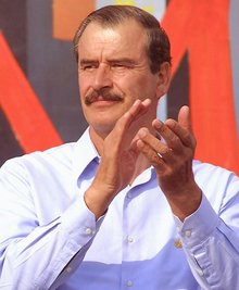 Vicente Fox, former Mexican president, apologizes to Donald Trump for border wall outburst