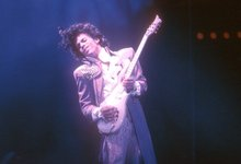 Cheerios angers fans with tweet about Prince