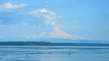 Here's why it looked like Mount Rainier was erupting on Monday