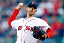 Red Sox, Rick Porcello roll past Yankees