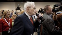 Buffett Says Happiness From Coca-Cola Trumps Benefit of Broccoli