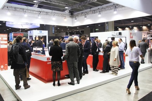 Using social media to drive growth at trade shows