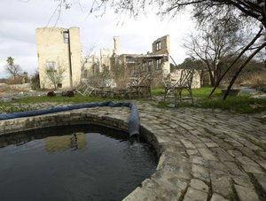 Conservancy may dig new well at Hot Wells