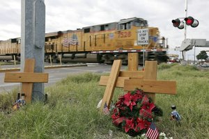 Midland seeks strength after deadly train crash