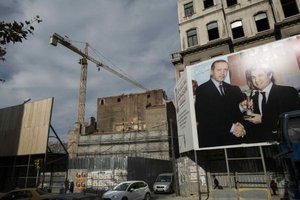 Tearing Down Istanbul