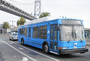 Start-ups offer Bay Area travelers alternative to crowded bus system