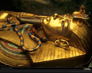 U.K | Chariot racer King Tut crashed and burned (spontaneously), Brits say