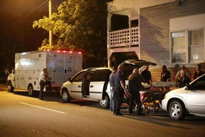 Authorities considering murder-suicide in slaying of family of 5 in Saco, Maine - The Boston Glob...