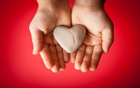 Viral Philanthropy: The Impact of Crowdsourced Compassion