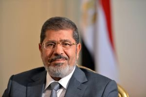Morsi orders Egypt's army chief Mohamed Hussein Tantawi to retire